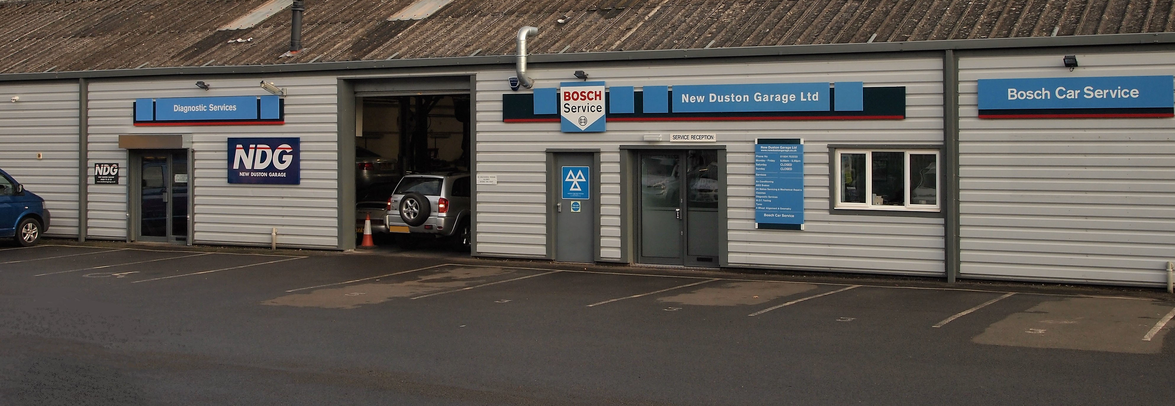 Gallery New Duston Garage